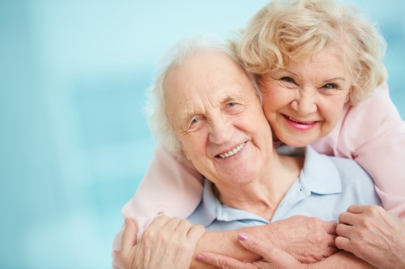 Caregiving Always Starts With Love https://thediaryofanalzheimerscaregiver.com/2014/04/caregiving-always-starts-with-love/