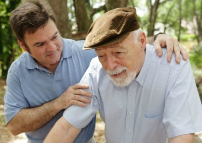 Caring for a Loved One with Alzheimer's: 5 Mistakes That Could Lead to a Nightmare