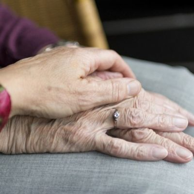 7 Long Distance Caregiving Tips for Seniors with Dementia